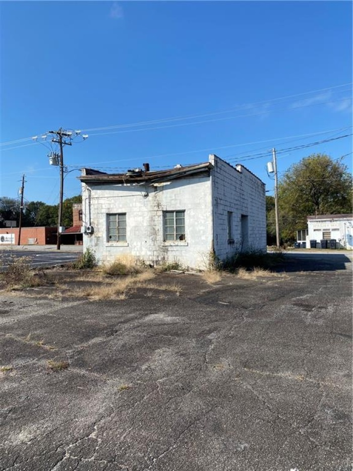 For Sale, ,Land / Retail,For Sale,334 E Whitner St,1092